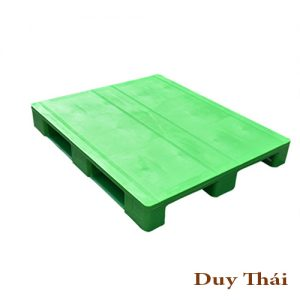 Closed deck hygienic plastic pallet for medical 300x300 - Pallet nhựa cũ 3 chân 1000 X 1200 X 150mm