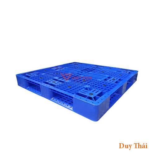 Pallet nhua PL16Lk 1 - Mua pallet nhựa xanh 1100 x 1100 x 125 mm ở đâu tốt ?