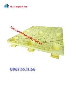 pallet 11 260x300 1 - Pallet nhựa cũ 1100 x 1300 x 150 mm