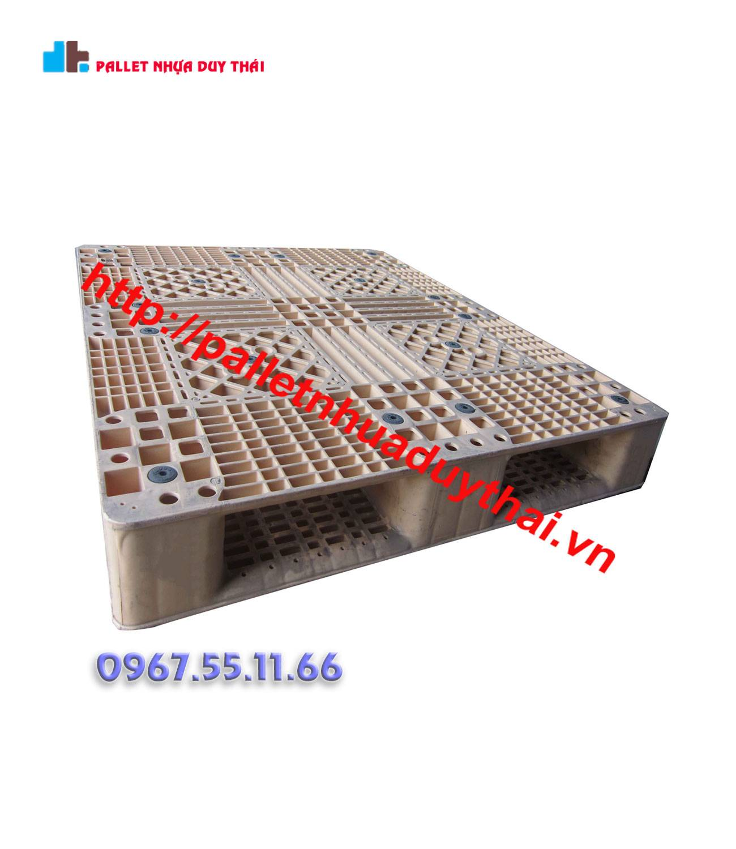 pallet 8 1 - Pallet nhựa cũ 1000 x 1200 x 150 mm