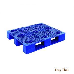 pallet nhua 669 300x300 - Pallet nhựa cũ 1100 x 1200 x 145 mm