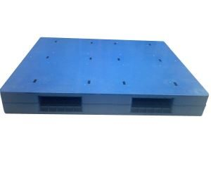 double faced heavy duty steel reinfored 4 way56063554035 300x240 - Pallet để hàng là gì ? Có những loại pallet nào để hàng tốt nhất ?