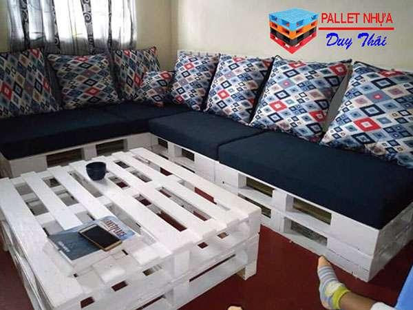 pallet sofa 8 - Top 10 mẫu pallet sofa đơn giản mà đẹp cho phòng khách