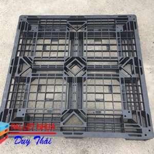 ad5b0479c1ae25f07cbf 300x300 - Pallet nhựa 1100 x 1100 x 150mm